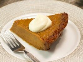 Pumpkin Pie with Gingersnap Crust from Rev Run, CookingChannelTV.com