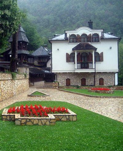 lovnica manastir - Google претрага