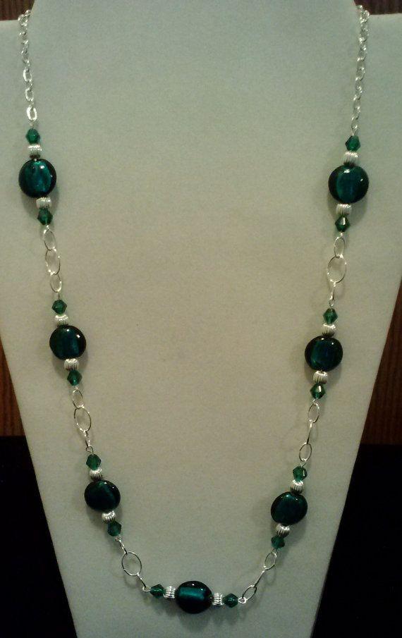 Handgefertigte Perlen Collier mit blaugrün Blattsilber und Silber Beads auf eine elegante Eyepin Kette, handgefertigte Perlen Schmuck, grün und Silber