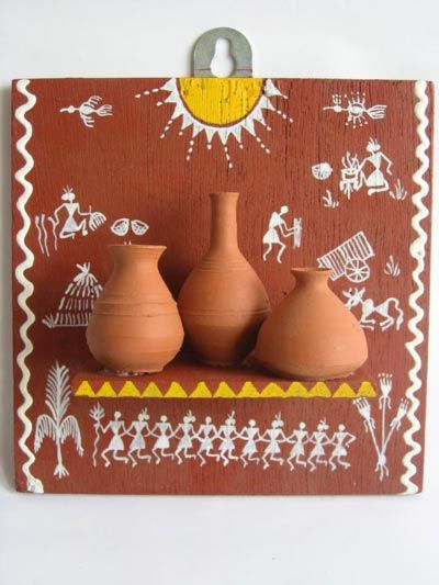 Warli- the tribal art form in Maharashtra. Home décor ideas that emerged while travelling. AAkruti Interiors is the dream venture of Amol Joshi (Malad, Mumbai). Whenever you need services of an interior designer to set up / renovate the interiors of your office / commercial space / residence, do contact AAkruti Interiors on 9967534621. www.aakrutiinteriors.co.in