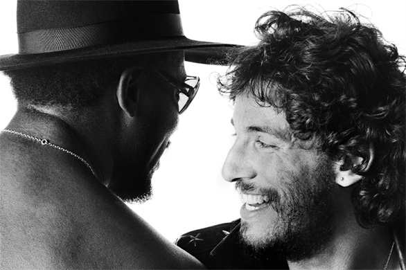 Clarence Clemons and Bruce Springsteen - Eric Meola, Born To Run sessions: Big Man Joined the Band