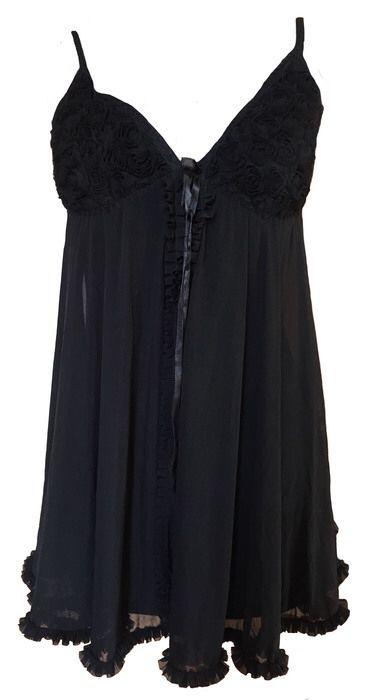 nuisette noir  ! Taille 38 / 10 / M  à seulement 10.00 €. Par ici : http://www.vinted.fr/mode-femmes/tenues-de-nuit/28878841-nuisette-noir.