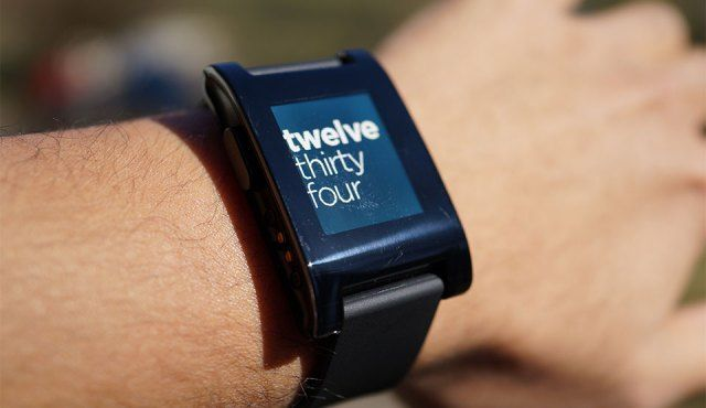 Smartwatch Developers Rejoice! Pebble Will Release Proof-Of-Concept Watchface SDK In Early April