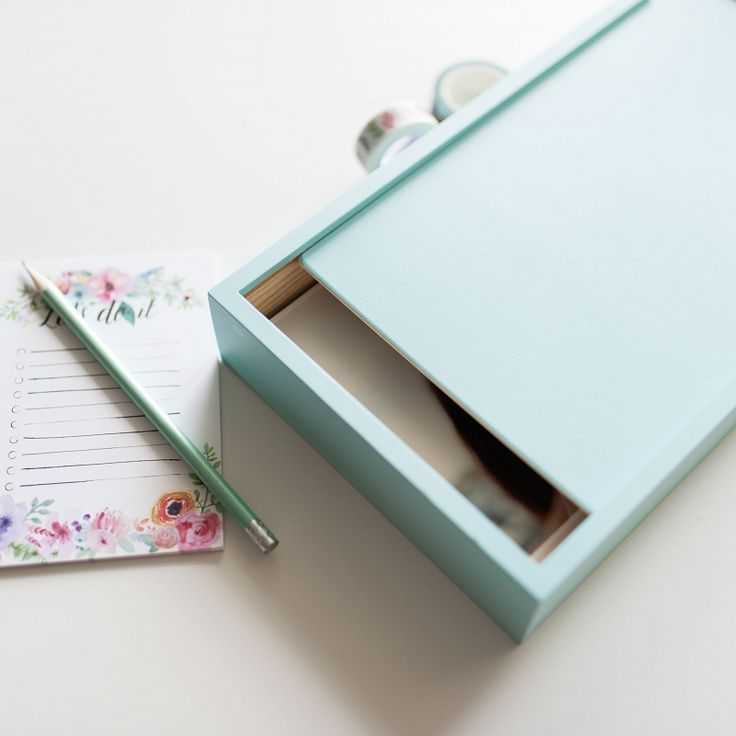 Wooden photo box - packaging ideas for photographers #photobox #wood #packaging