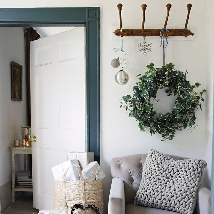 10 best Christmas wreaths to make and buy - Decorator's Notebook