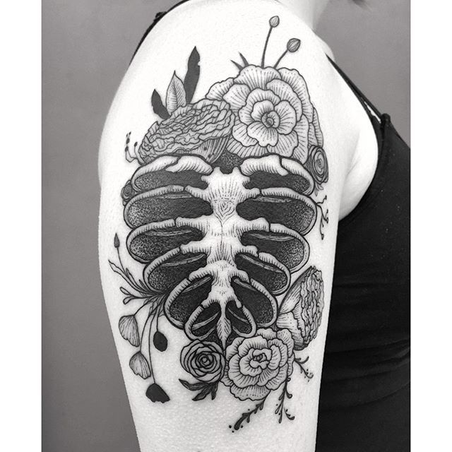 17 Best Images About Ink On Pinterest: 17 Best Images About Ribcage Tattoos/Art On Pinterest