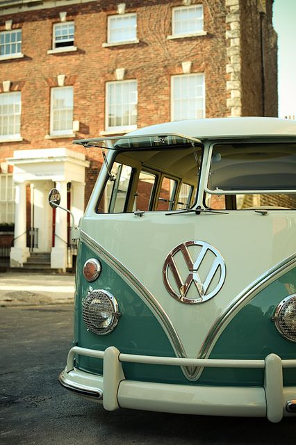 That's what I want right there. One day! VW Kombi