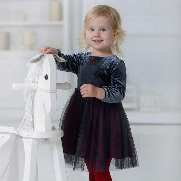 Платье с юбкой пачкой. Подкладка выполнена из хлопка.