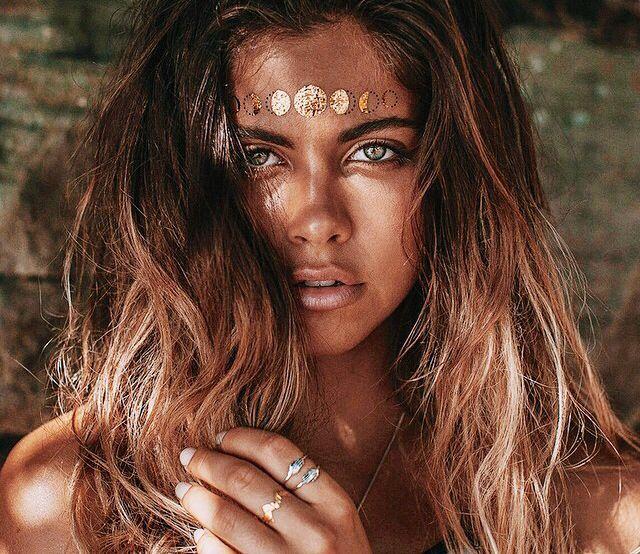 Australian beauty Mimi Elashiry #girlcrush