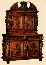 MOBILIER - ARMOIRES - LOUIS XIII