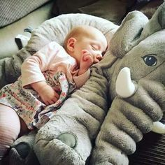 Grande peluche éléphant COLORÉE pour bébé / enfant (65cm)