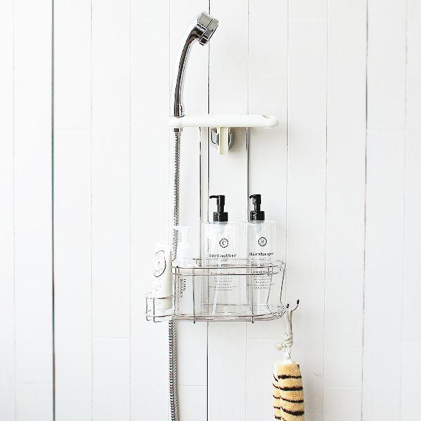 シャワーヘッドを掛けられて、シャンプー等を置ける便利な棚付きの、シャワーラック(ステンレスタイプ)。