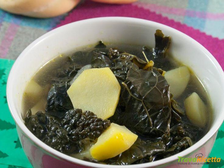 Minestra di cavolo nero e patate  #ricette #food #recipes
