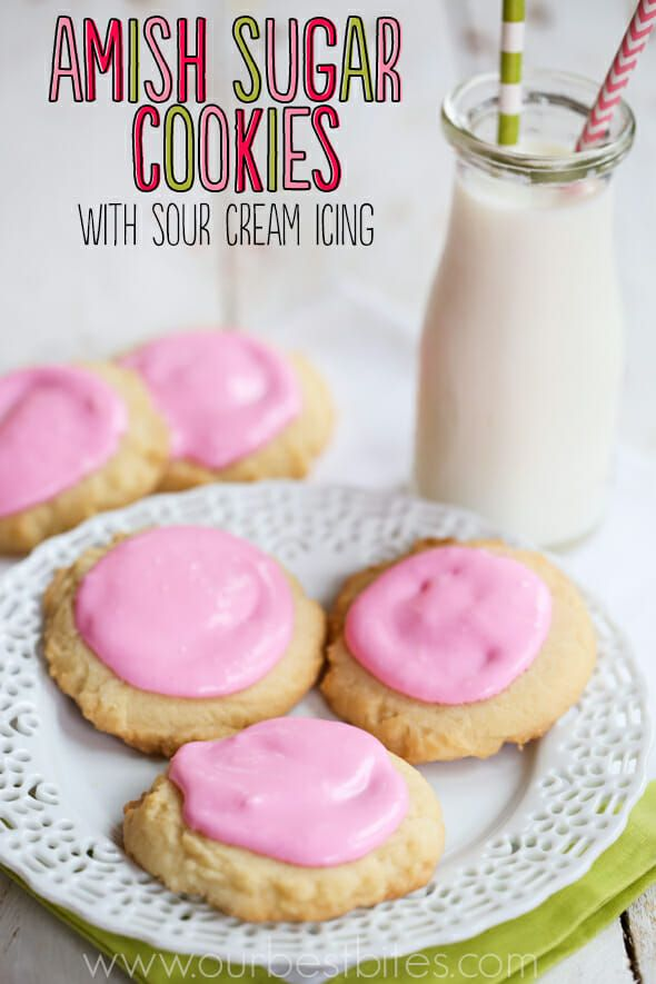 Amish Sugar Cookies With Sour Cream Icing Sour Cream Icing Amish Sugar Cookies Yummy Food Dessert