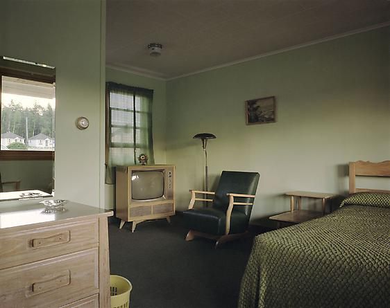 Stephen Shore Room 11, Star Motel, Manistique, Michigan, July 8, 1973