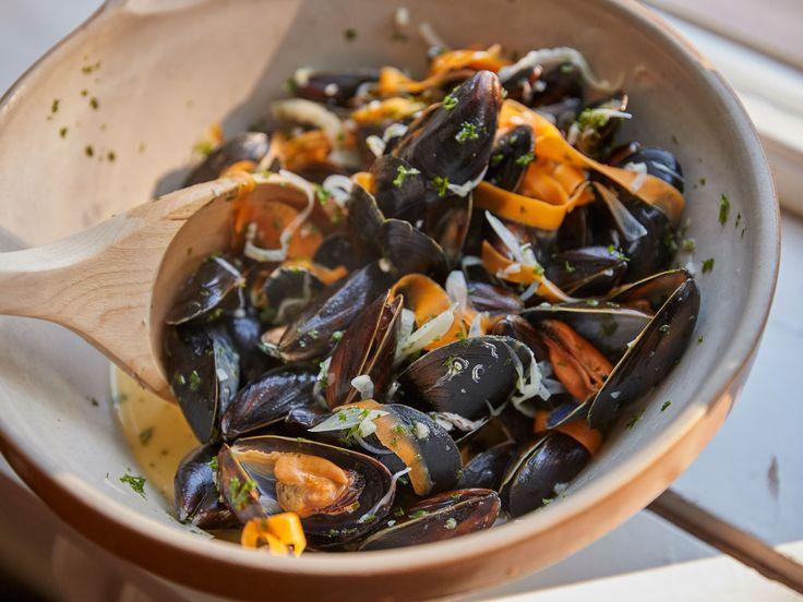 Per Morbergs moules marinières   Recept från Köket.se