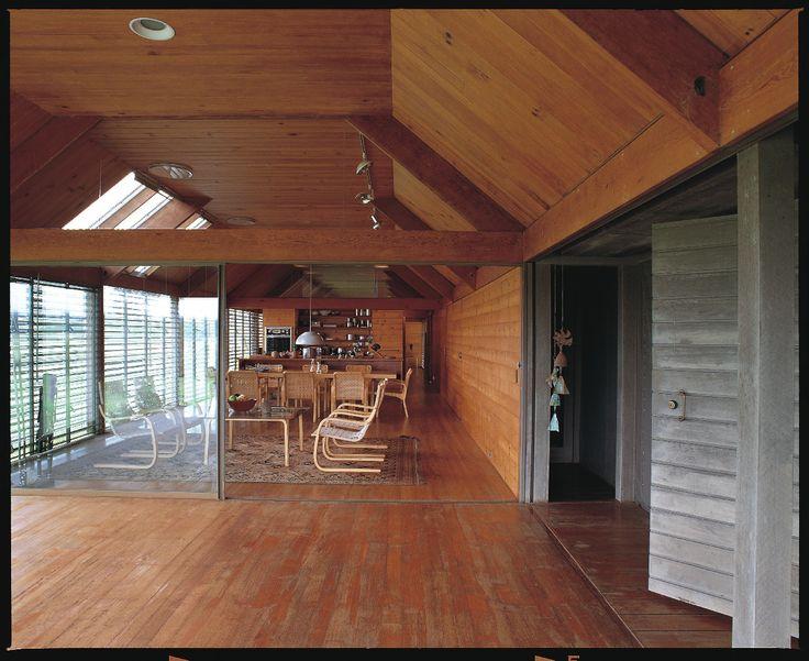 Marie Short House  Glenn Murcutt   1975  Interior.... Solutions to create more light.