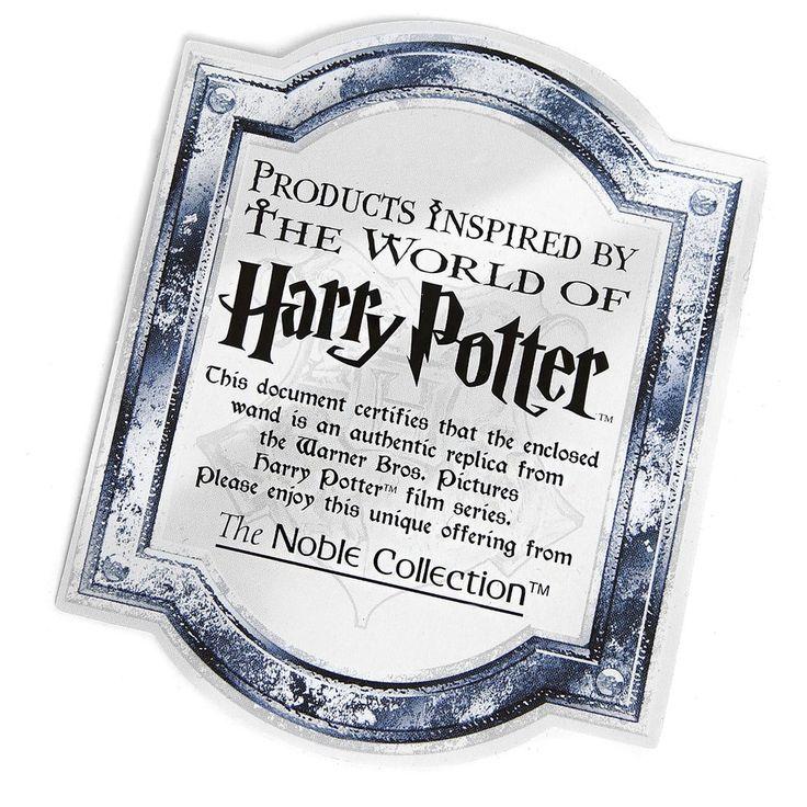 """Harry Potter - Zauberstab Albus Dumbledore  - Länge ca. 38 cm - Lieferung in einer Geschenkschachtel - Detailgetreue Nachbildung  Mit diesem Albus Dumbledore Harry Potter Zauberstab erhältst du den wohl mächtigsten Zauberstab aus der Zauberer Welt, der für eine lange Zeit im Besitz von Albus Dumbledore war. Der sogenannte """"Elderstab"""", der im Original aus Holunderholz besteht und im Kern ein Thestralschwanzhaar hat, gewinnt jedes Zaubererduell und ist eines der drei Heiligtümer des Todes. Mit…"""