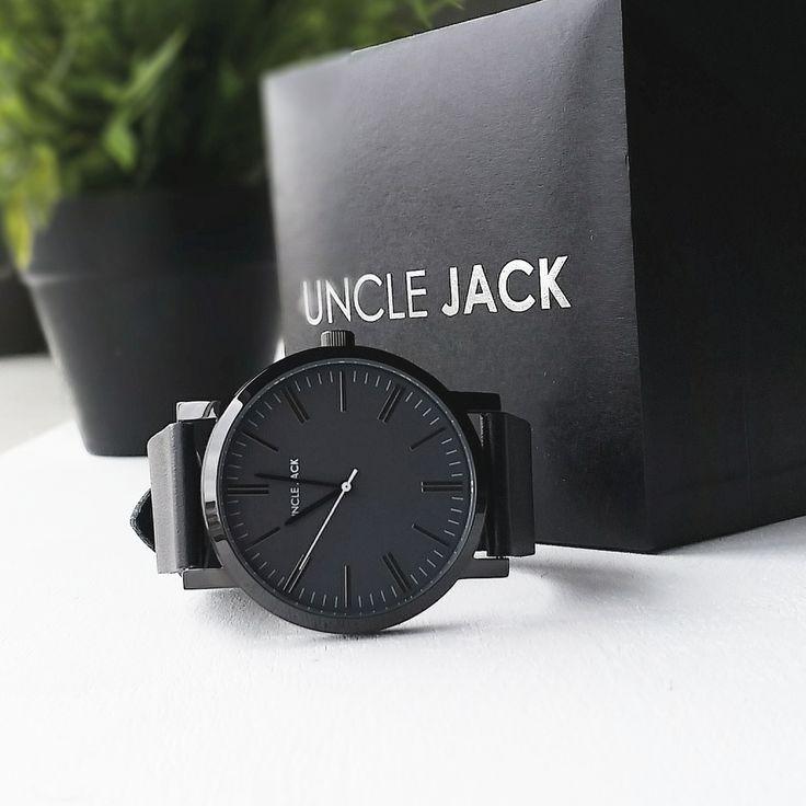 Black unisex watch with minimalist design   Uncle Jack