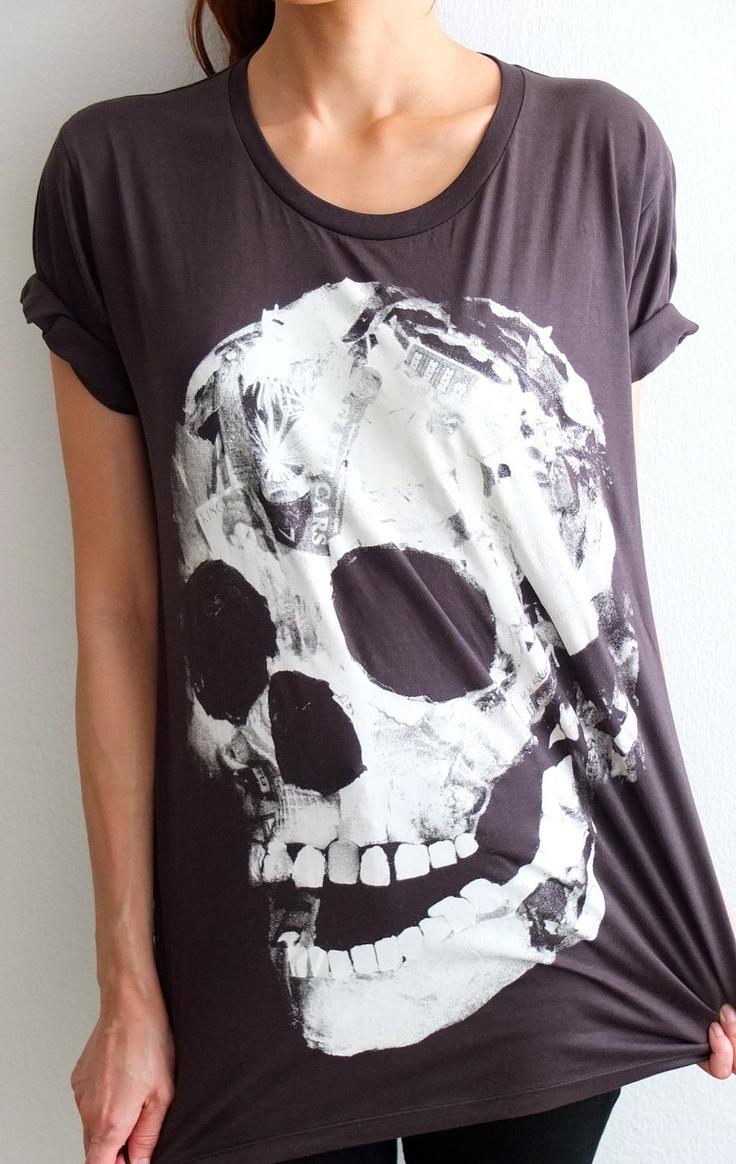 Skull Head  Feather  Punk Goth Rock Goth Vintage  T-Shirt M. $13.99, via Etsy.