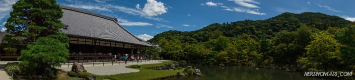 The UNESCO World Heritage Site Tenryu-ji temple is located right outside the Sagano Bamboo Forest. The temple is also one of the Kyoto-gozan – one of five major temples of Kyoto.