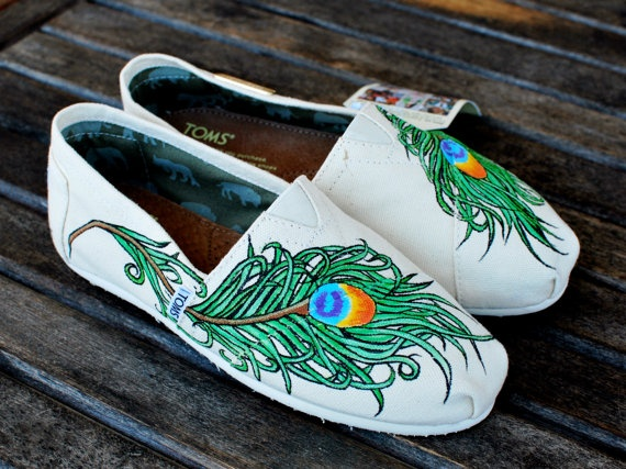 Wavy Peacock Feather TOMS by BStreetShoes on Etsy: Clothing Shoes Accessories, Fashion Style, Shoes Peacocks, 13900 Customsho, Feathers Toms, Toms Shoes, Wavy Peacocks, Www Shoestomsaleonlineus Info, Peacocks Feathers