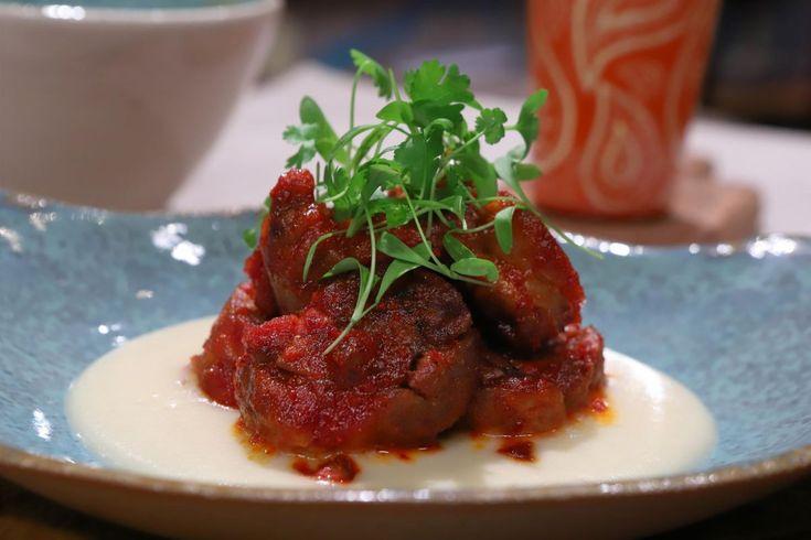 Imposible no tentarse con esta receta de Mollejas Crocantes Laqueadas por Lis Ra, en El Gourmet. Cilantro, Salsa Picante, Cooking Time, Steak, Beef, China, Food, Gourmet, Gastronomia
