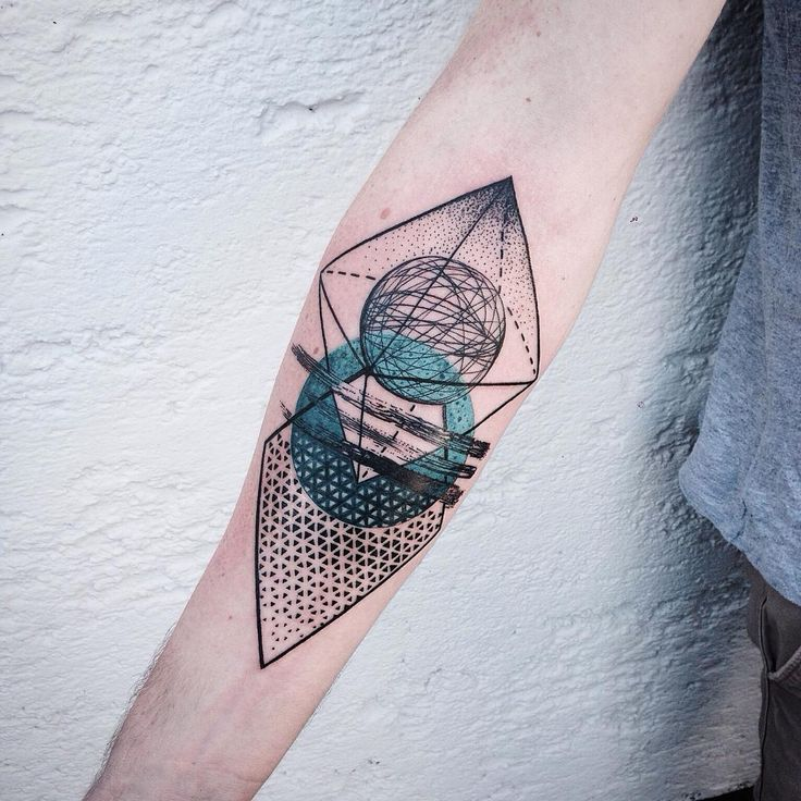 Geometric Tattoo                                                                                                                                                      Más