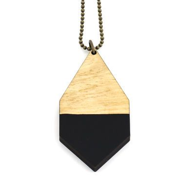 DIAMANTE big necklace in black/ light wood