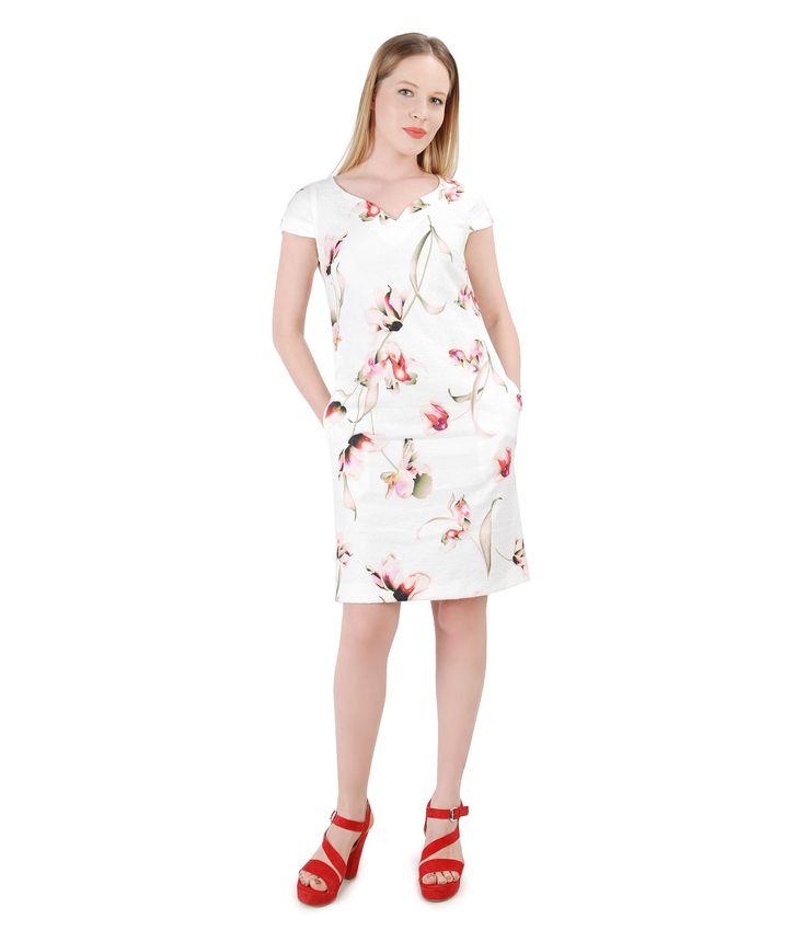 Floral prints on a beautiful cotton spring dress! Spring17 | YOKKO #flowers #gardenparty #cotton #floralprint #dress #woman #fashion #style #beauty #white #yokko