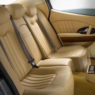 Maserati Quattroporte fully adjustable rear seats