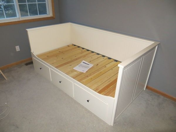 ikea hemnes daybed for the home pinterest daybeds hemnes and ikea. Black Bedroom Furniture Sets. Home Design Ideas