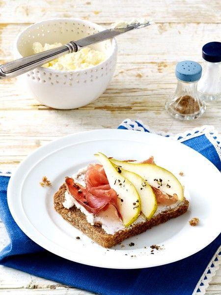 Studien belegen: Nicht-Frühstücker nehmen über den Tag verteilt mehr Kalorien zu sich als Frühstücker. 10 gesunde Frühstücksrezepte zum Abnehmen.