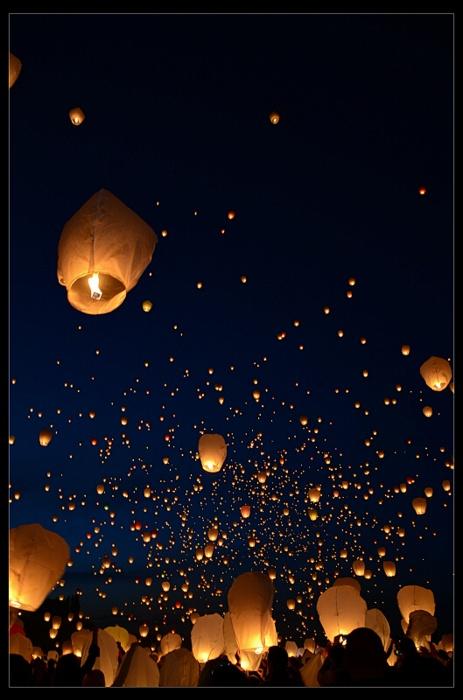 Lanternes volantes  Noces de Cana - Wedding planner www.nocesdecana.net