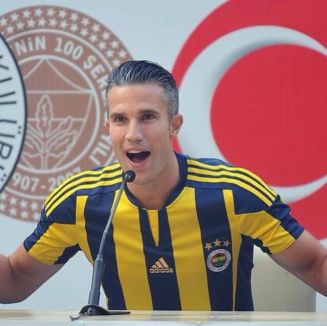 Robin van Persie now part of the club Fenerbahçe