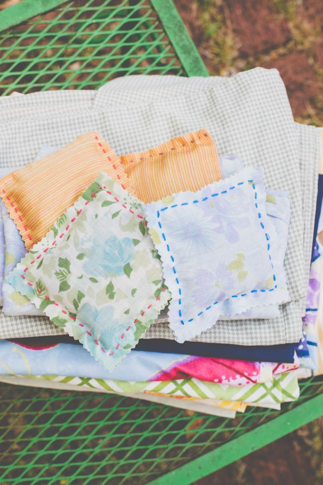 Use these homemade lavender sachets instead of dryer sheets! | Henry Happened