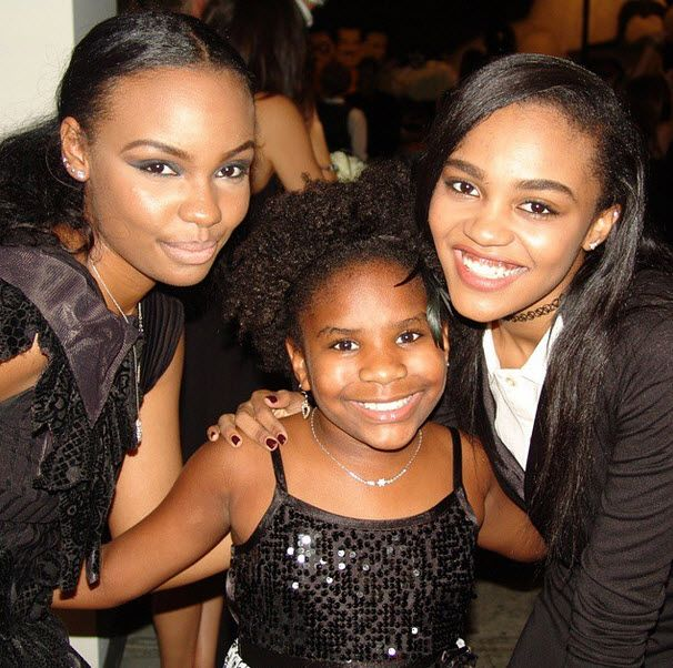Photos: Trinitee Stokes Was So Happy To Meet China Anne McClain, Sierra McClain, Lauryn McClain