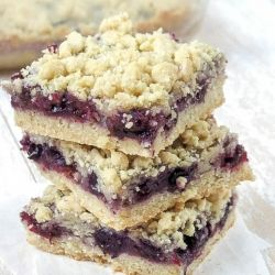 Blueberry Crumble Bars, incredibly easy, perfect for using fresh Summer berries!