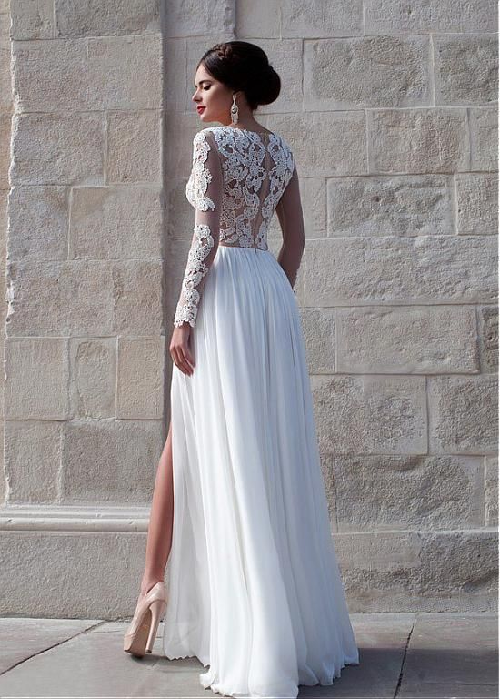 Elegant Tulle & Chiffon Sheath Wedding Dress With Lace Appliques