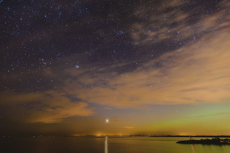 View from the shores in Porkkalanniemi (near Kirkkonummi), Finland. Plus some northern lights.