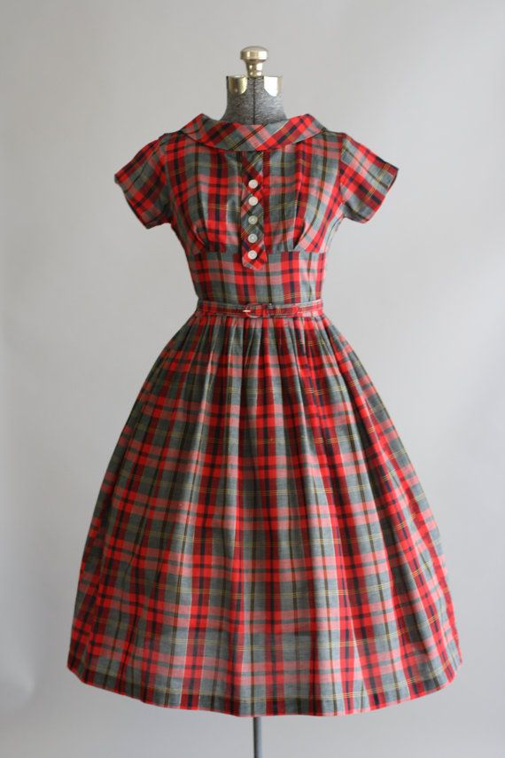 1950's Day Dress. I love plaid!