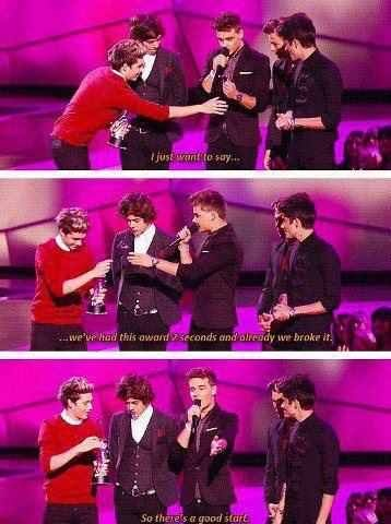 Fans Girls, Remember This, Direction Infection, Funny Stuff, One Direction, Direction Funny, Vma, 1D Quotes, Onedirection