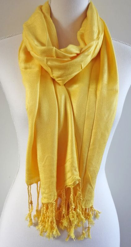 Geweven sjaal in helder geel | Sjaals en omslagdoeken | SEWISO