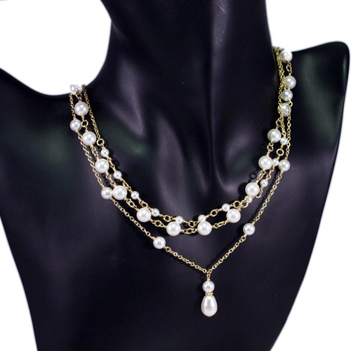 Pearl Neacklace - 7 in 1 by Mademoiselle M, great for a bride or for a classic Mom as well.