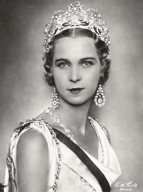 Ghitta Carell portré: Marie José Savoia of Belgium (1906-2001)