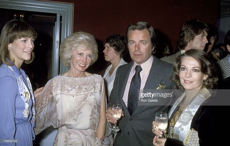 Natalie with Jamie Lee Curtis, Janet Leigh, and Robert Wagner #black