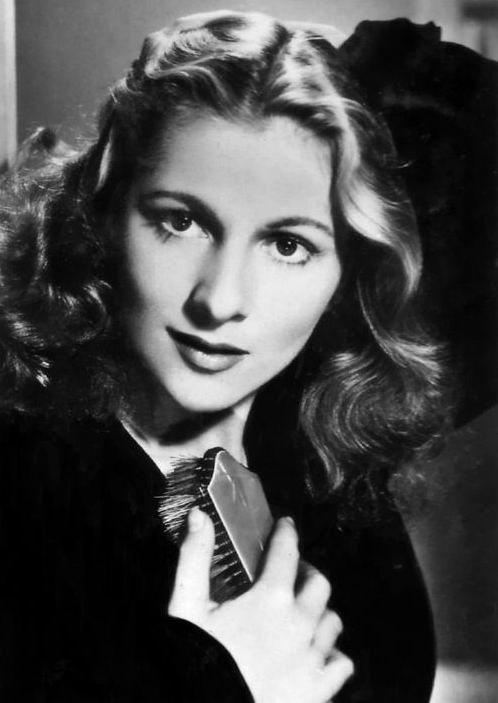 Joan Fontaine, beautiful, sexy, nervy, vulnerable with a hidden steely depth ... oh, and the original Jane Eyre.
