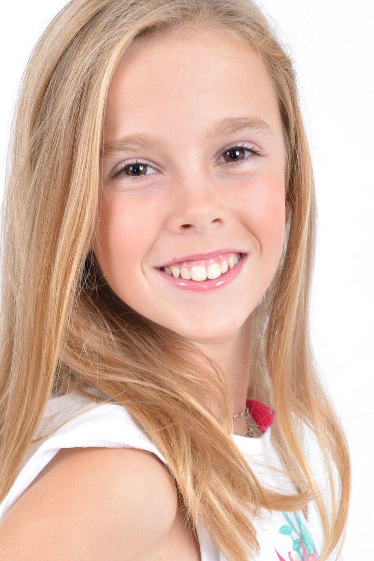 Junior Girl Headshots | Agencia de Modelos e Agencia de Actores - New Acting - Agência de ...
