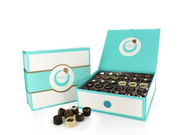 Keepsake Sharing Box, 90 Chocolates available at LilyOBriens.ie