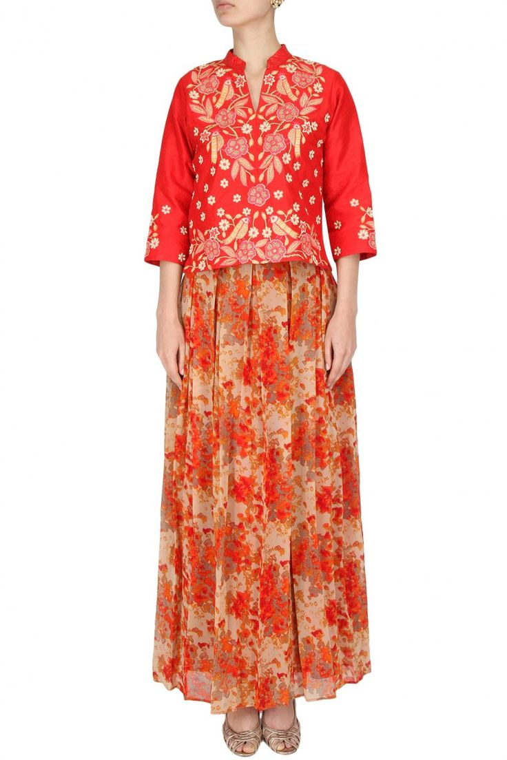 #redtop #birdydesigns #pleatedskirts #printedpassion #indiawear #contemporarywear #shopquirky #creativemotifs #uniquedesigns